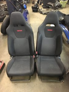 2009 WRX hatch front seats