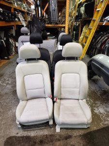 2007 Outback front seats