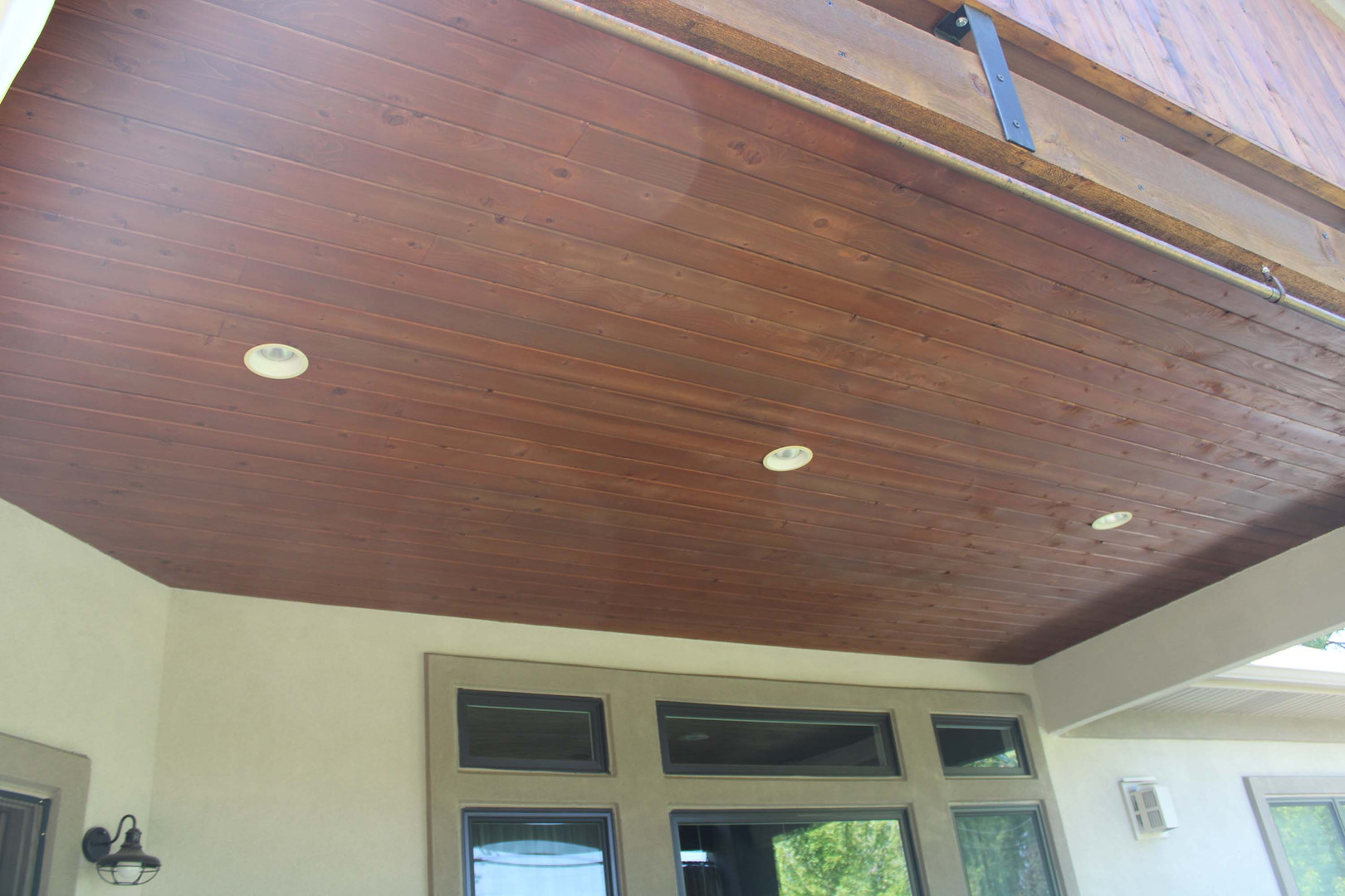 finsihed home patio ceiling