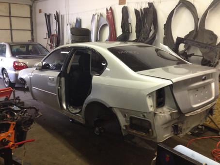 2005 Subaru Legacy GT sedan MT full part out