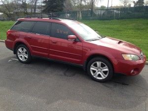 2005 Subaru Outback XT right