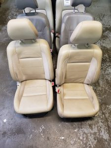 2008 Forester front seats