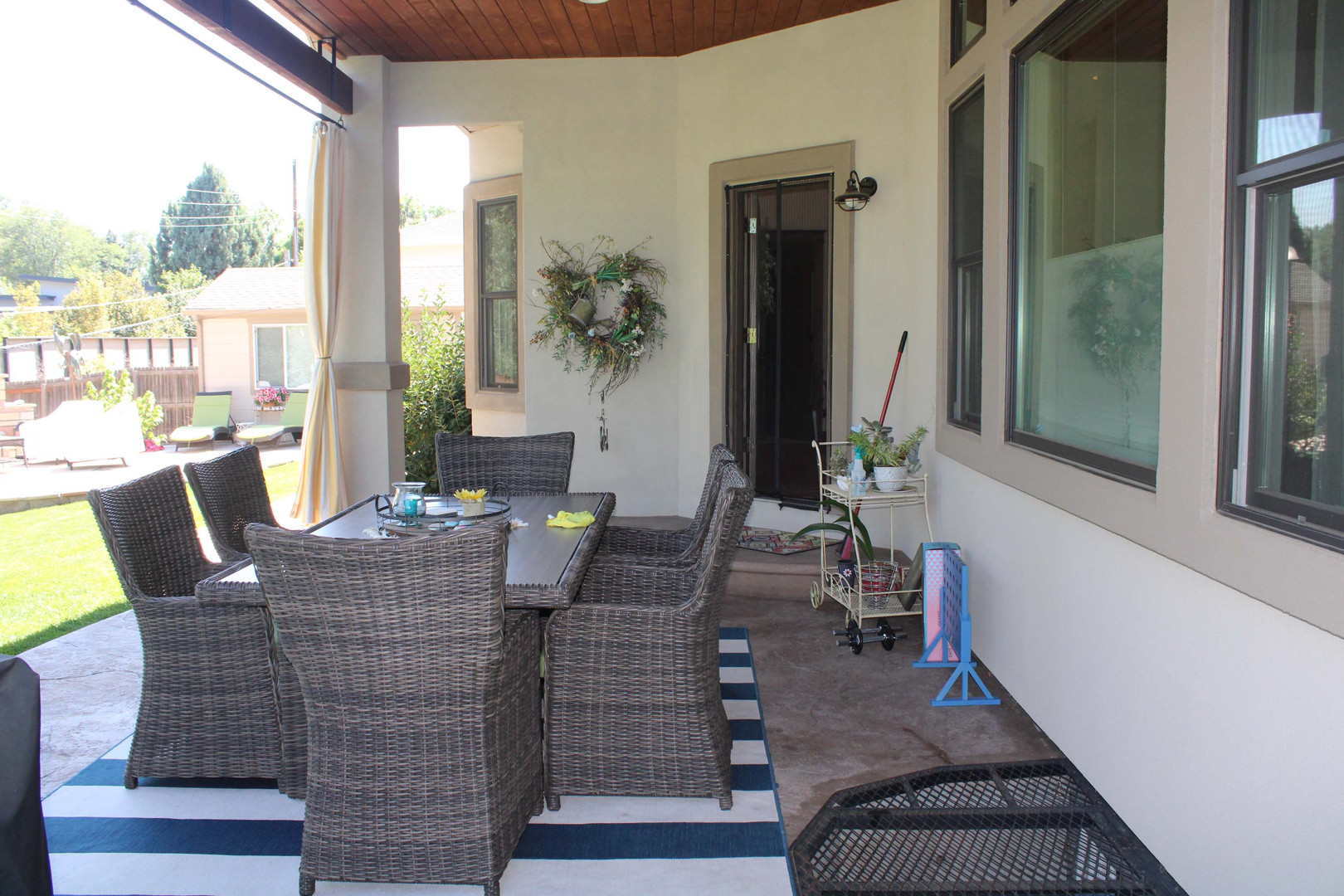 custom outdoor home patio