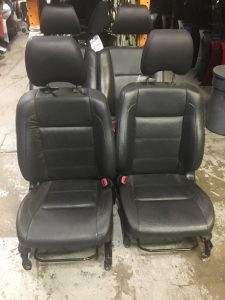 2004 Subaru forester xt Front seats