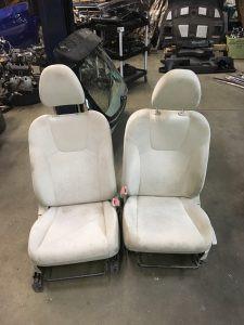 2010 Impreza hatch front seats