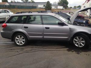 2008 Subaru Outback 2.5i right