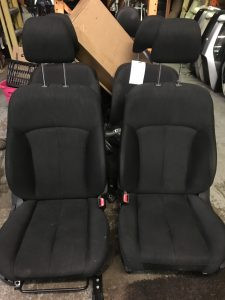 2014 legacy front seats