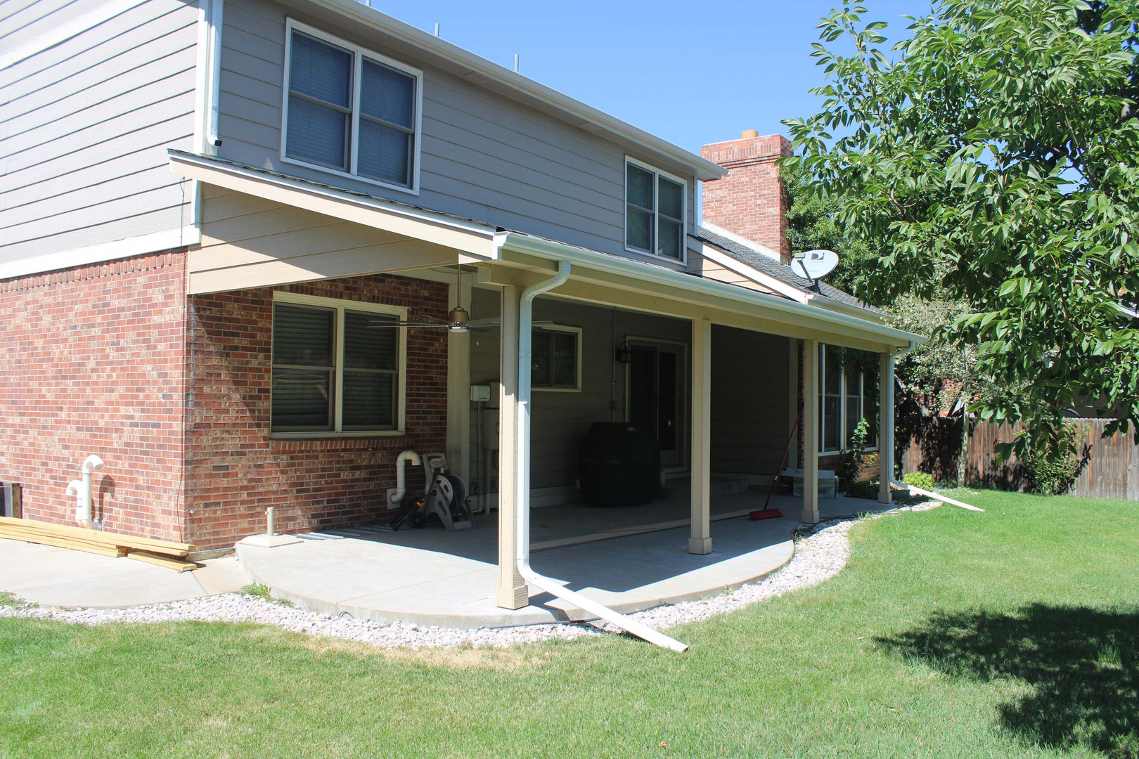 custom home patio enclosure