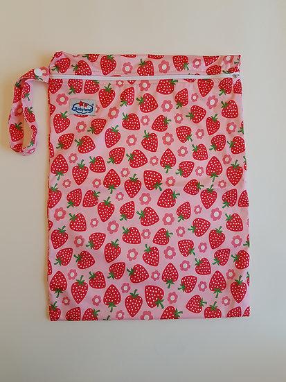 Babyland vetoketjullinen vaippapussi- Strawberry