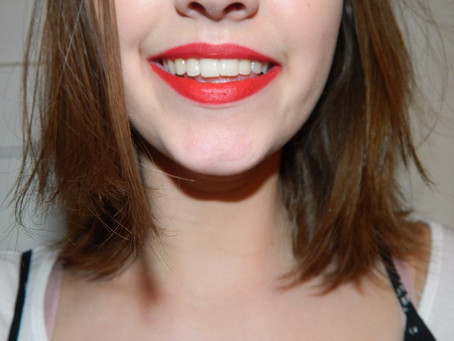 Week of the lip: Good Bye Christmas Red Lip