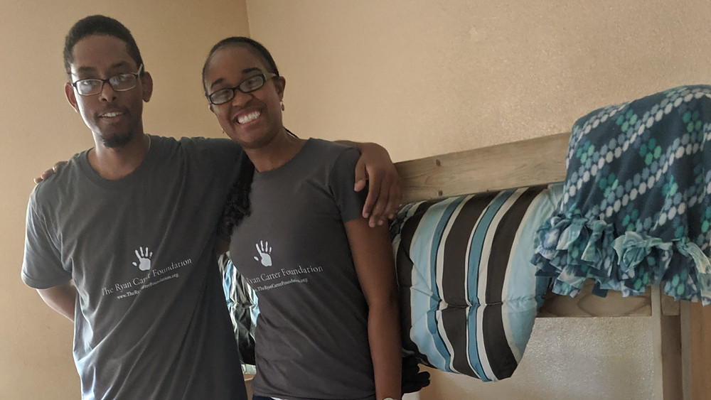 Ryan & Krystal Carter at bed delivery for Sleep in Heavenly Peace - August 10, 2019 (The Ryan Carter Fondation)