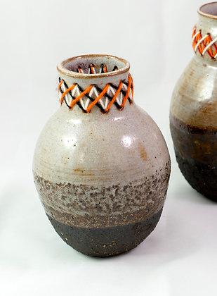 Vase petit brodé
