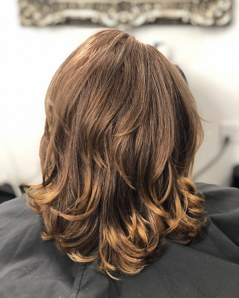Fresh color and layers 💁🏽♀️ 💈✂️ #laj