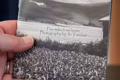 """""""Five miles from home"""" photography zine"""