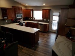 TCE 2038 Kitchen Dark cabinets layout li