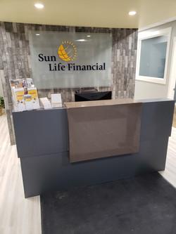 Sunlife Financial Desk 2
