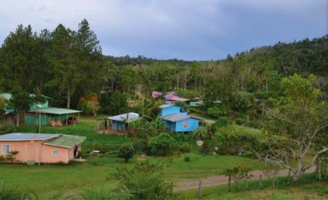 The village of Las Alturas