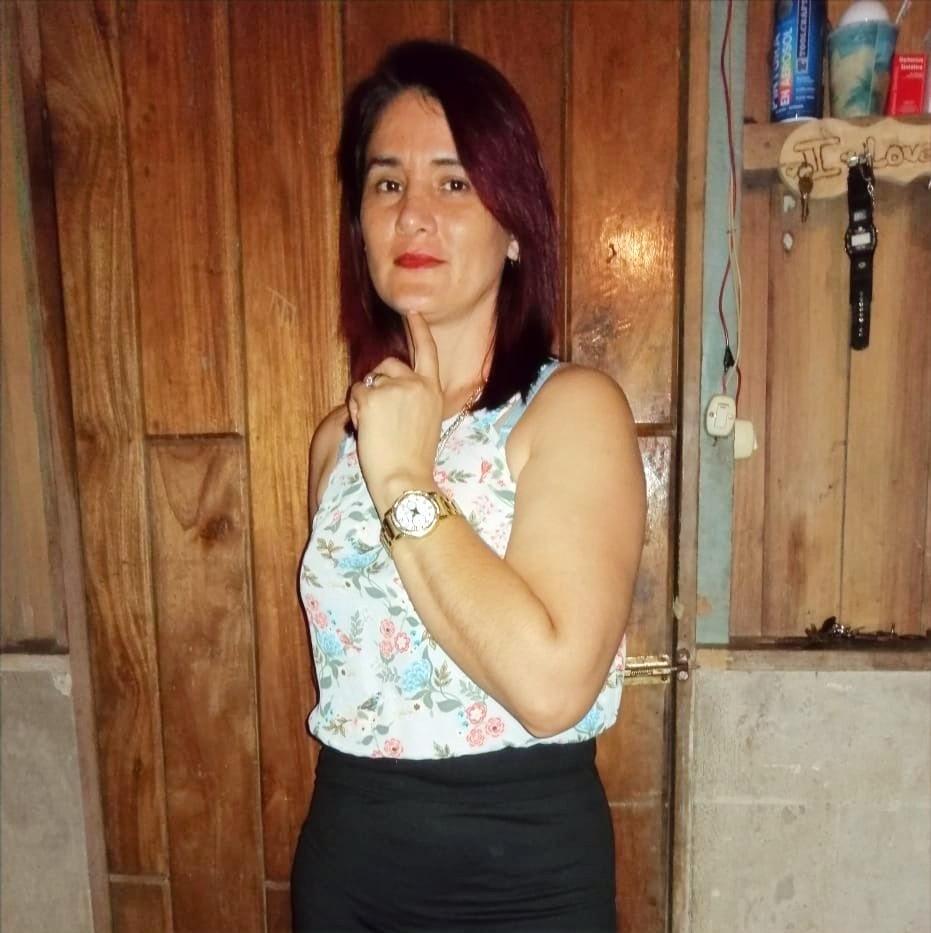 Hannia profile