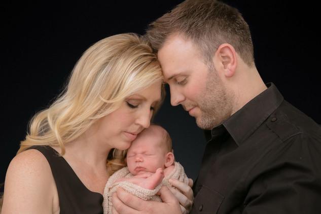 Newborn Pictures Fountain Valley