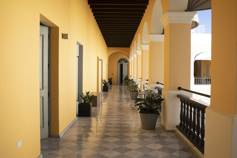 Palacio Provincial Hallway