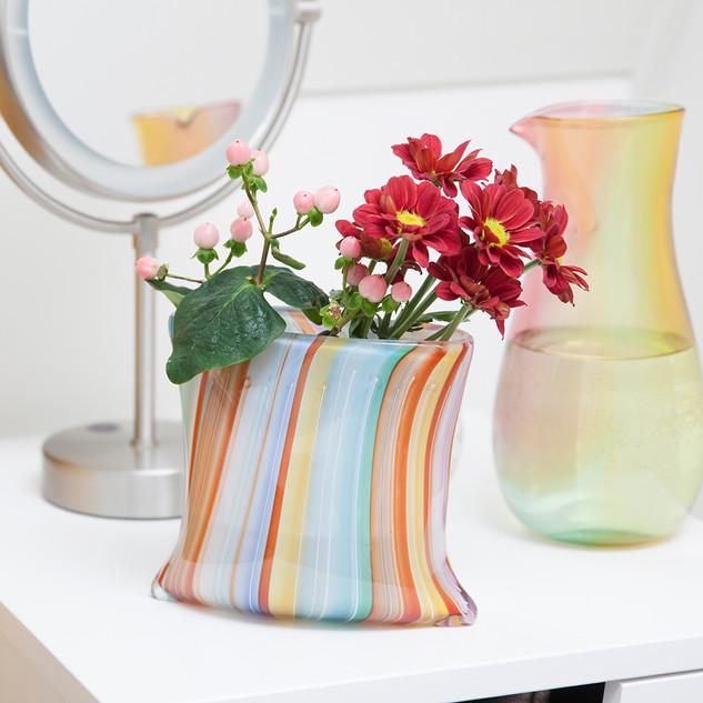 Cushion vase