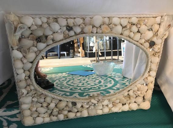 Mermazing_shell_mirror.JPG