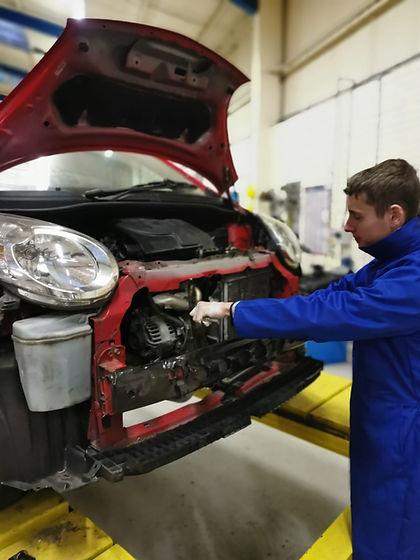 Motor Vehicle Service and Maintenance TechnicianLight Vehicle Apprenticeship GTA.jpe