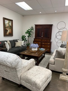 Curate Consignments - classic, elegant, and high-end used furniture in Fort Collins.