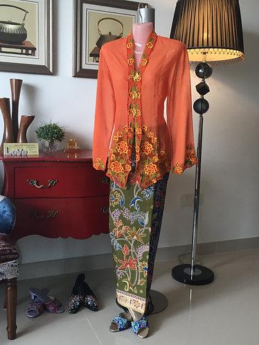 Nyonya Kebaya and Sarong (XL Size)