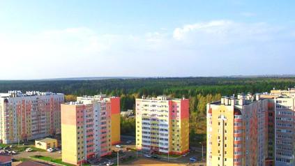 Что строят на Холмогорова?