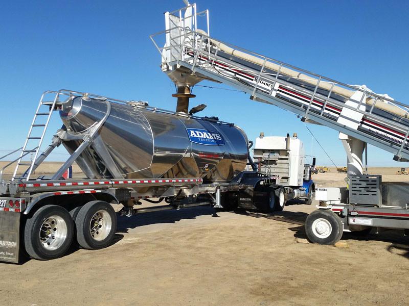 Pneumatic frac sand hauling