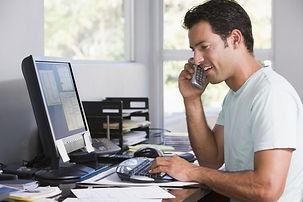 man-working-home-office-696x464.jpg