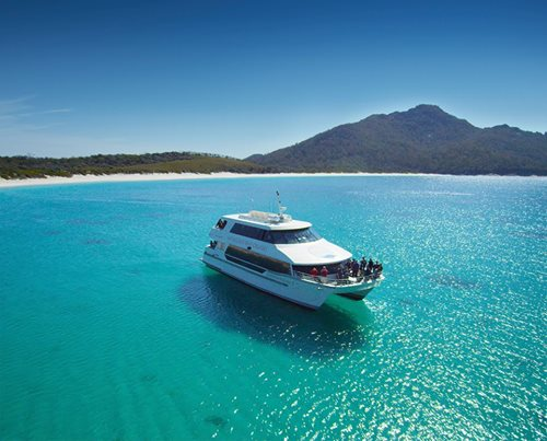 The Wineglass Bay Cruise