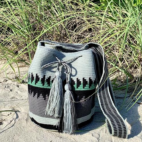 Invierno Woven Wayuu Cross-Body Mochila Bag