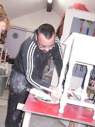 élève en cours de peinture