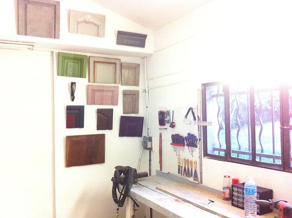 échantillons peintre sur mobilie