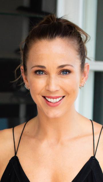 Bec Hewitt (Kylie)