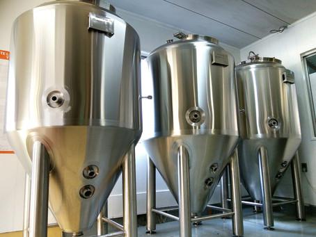 新しい醸造設備がきました。