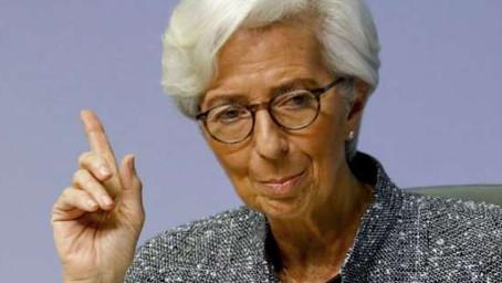 Bankéři v eurozóně si letos utáhnou opasky