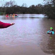 FSRT Coach a Swimmer to shore