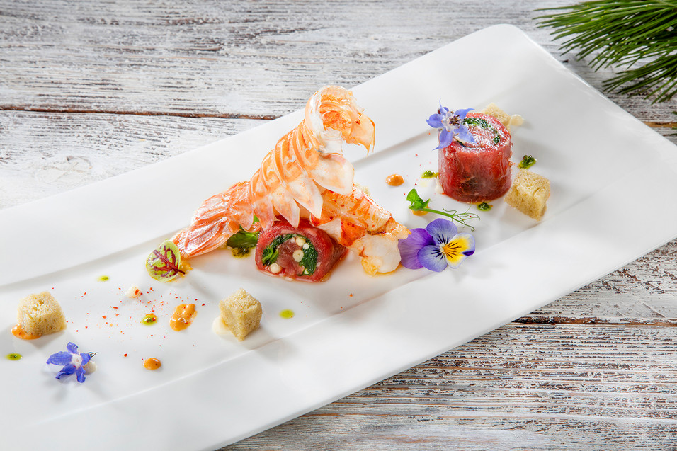 Rolls de viande de boeuf Luma et langoustine rôtie