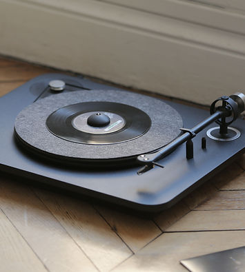 Elipson Alpha 100 turntable, hi-fi turntable, record player, the little audio company, elipson turntables in birmingham,