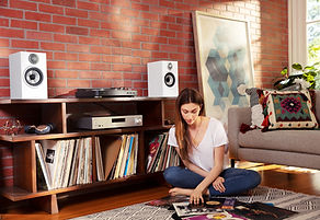 Bowers & Wilkins 600 series loudspeakers at the little audio company,