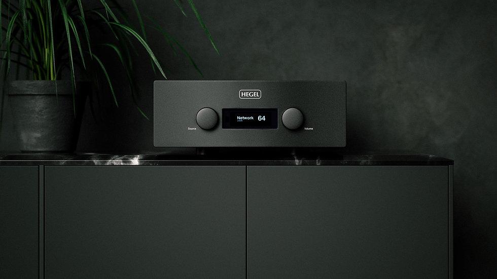 hegel h590 amplifier