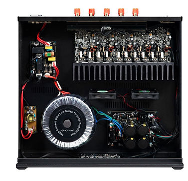 internal view of the Emotiva A-500 power amplifier, the little audio company,