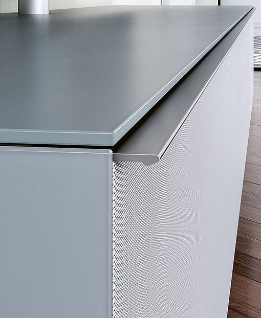 seamess, full width, aluminium grip rail,