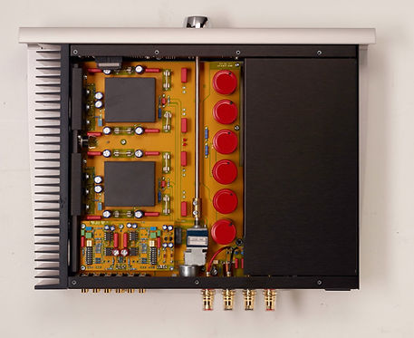 inside the Norma Audio IPA-70 ampifier,