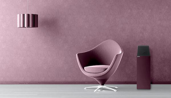 Larsen in lilac,