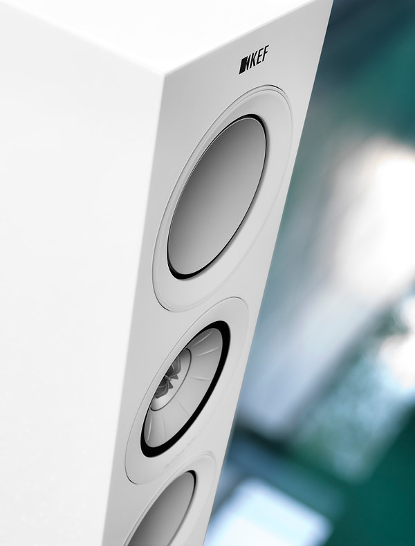 KEF R5 loudspeakers in white, KEF R Series in Birmingham, KEF in Birmingham, KEF in the Midlands, KEF at the little audio company in Birmingham,