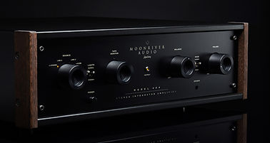 Moonriver hifi amplifiers at the little audio company,
